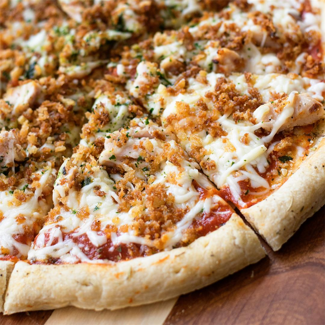 Cheap and Easy Chicken Parmesan Pizza Recipe