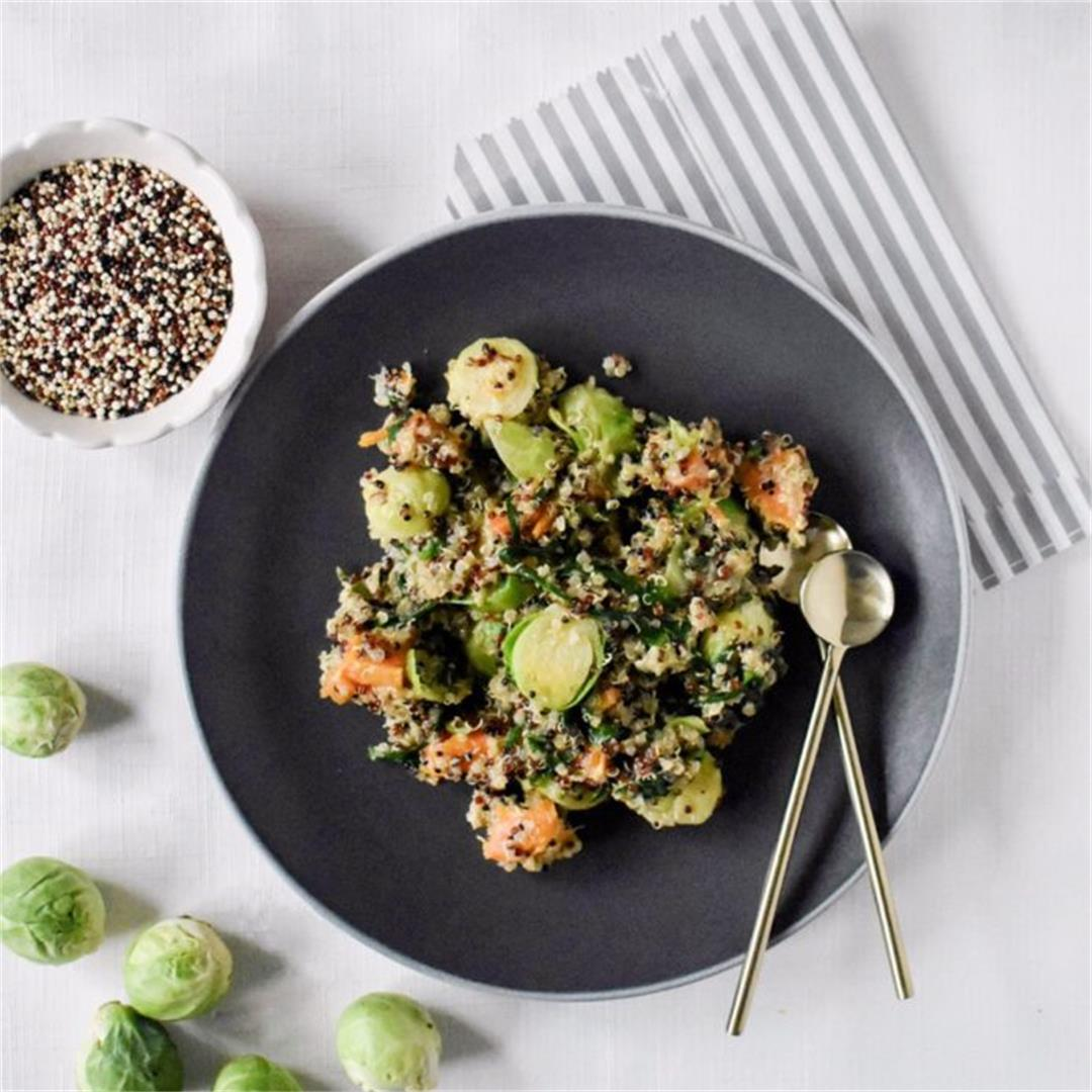 Healthy Quinoa salad with sweet potato, spinach and sprouts