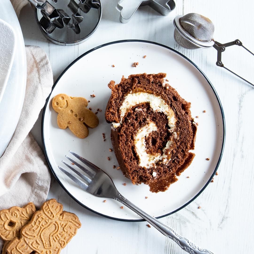 Biscoff & Gingerbread Chocolate Log