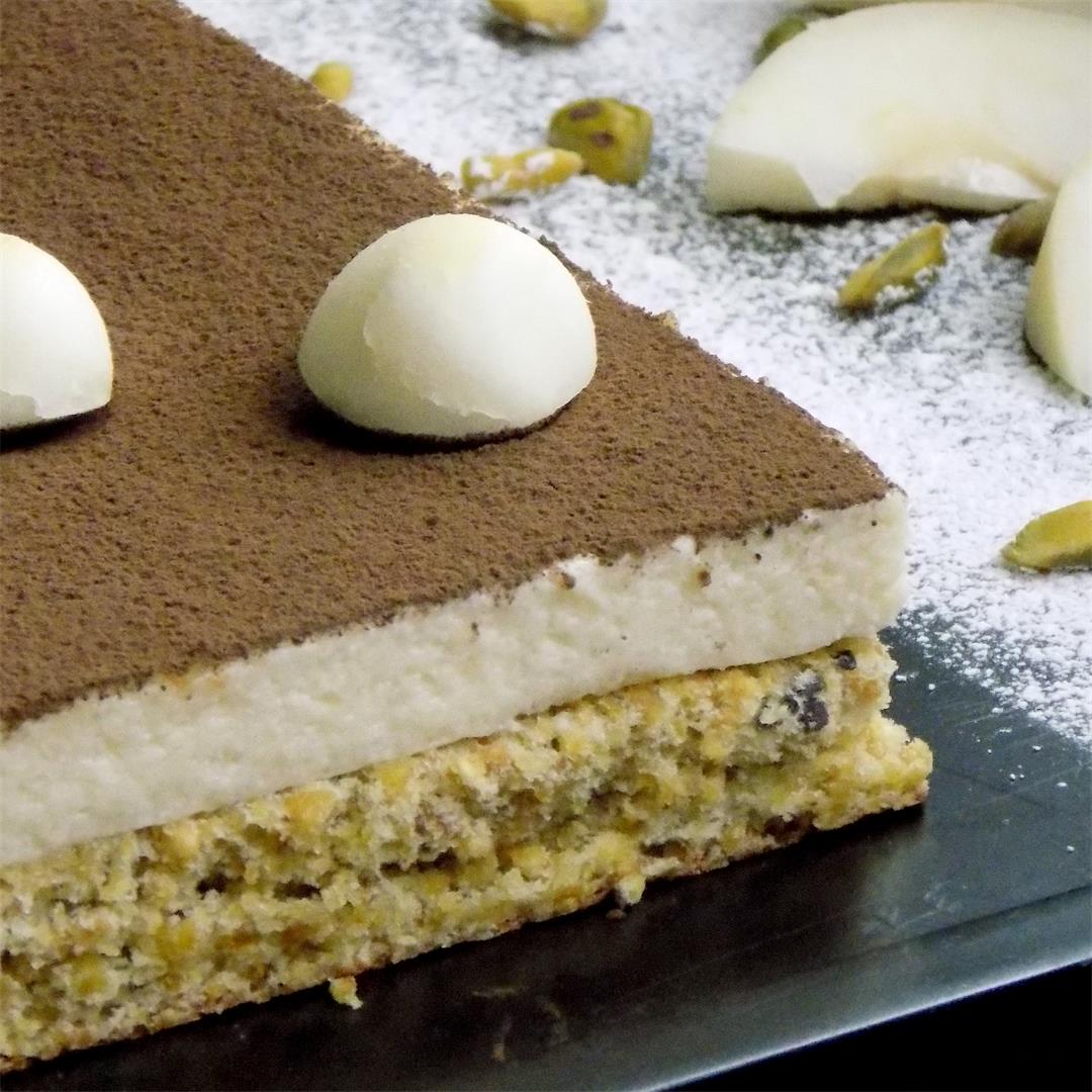This Pistachio and Pear Cake with Domes is delicious cake .