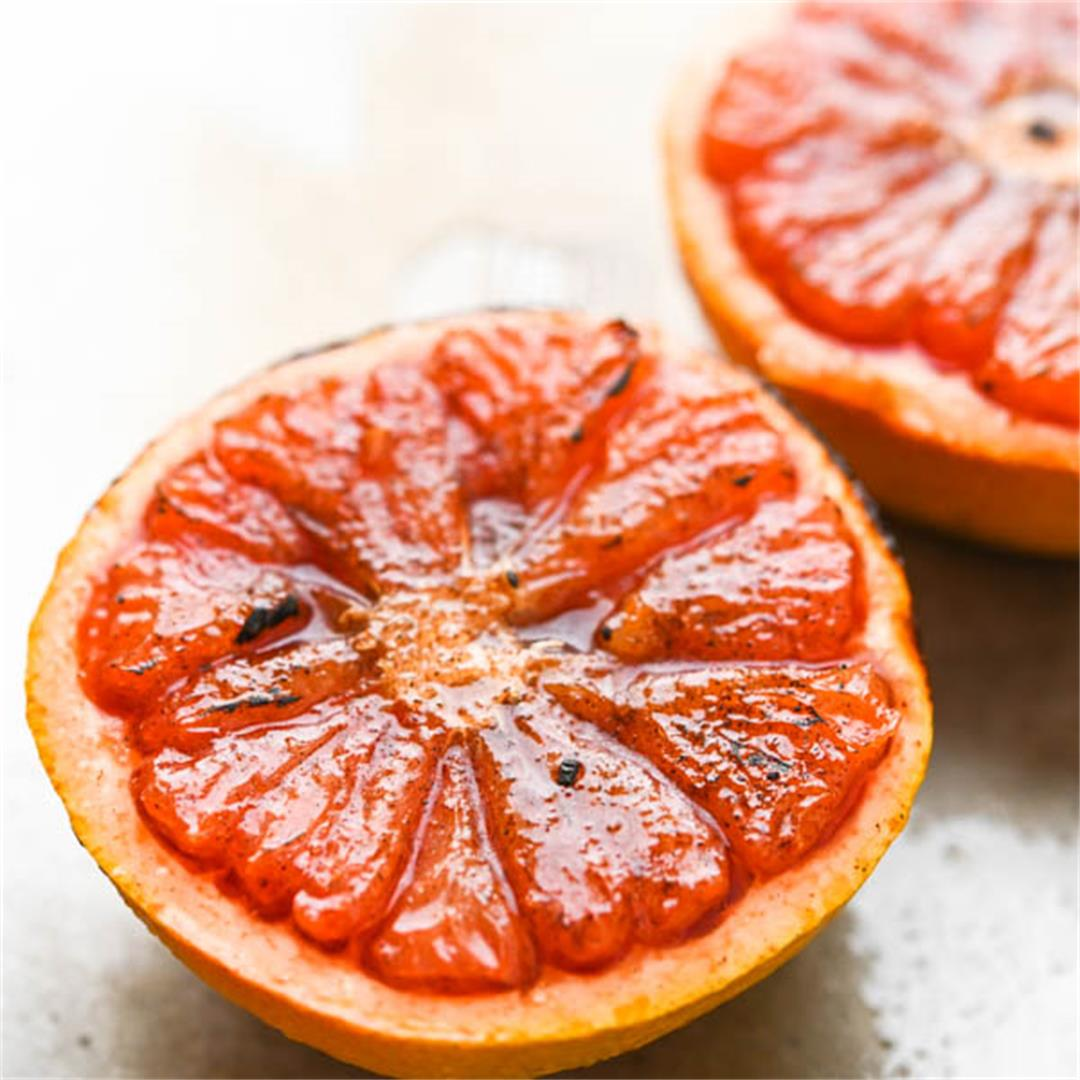 Sugar n' Spice Broiled Grapefruit