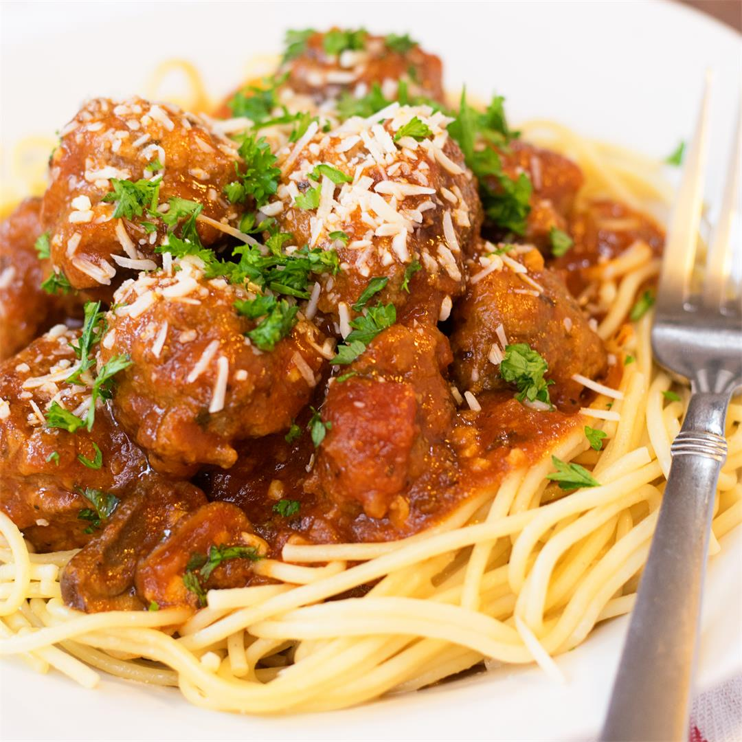 Homemade Meatballs in Marinara made easy w/this simple recipe