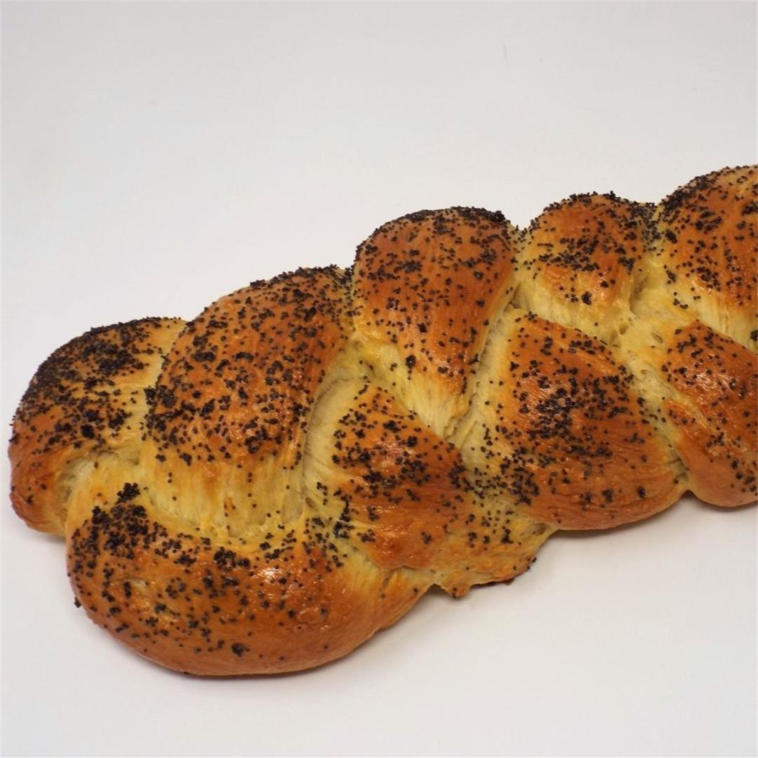 Poppy Seed Challah Bread