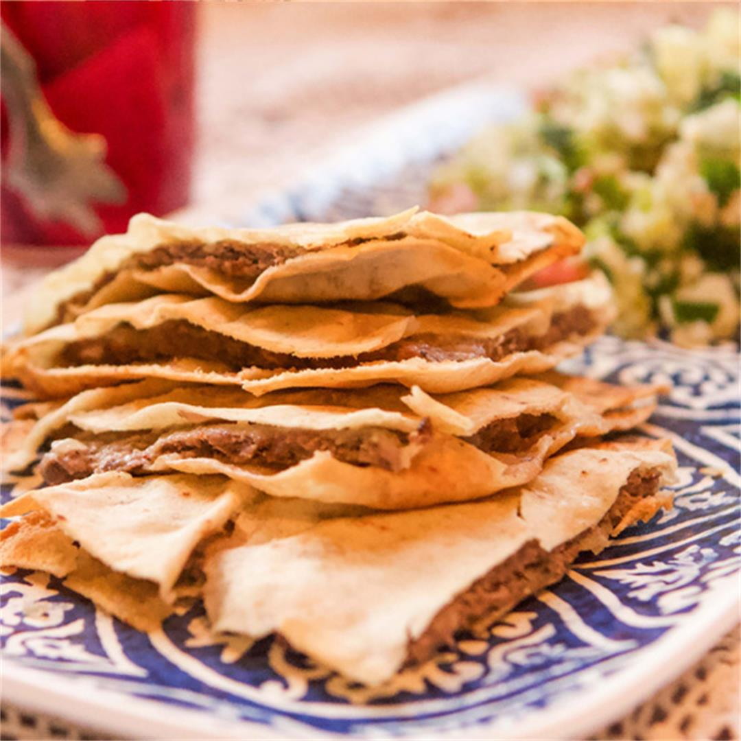 Arayes (meat-filled pita pockets)