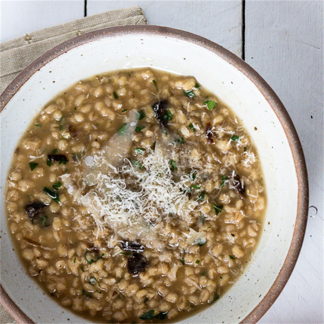 Instant Pot Mushroom Barley Risotto