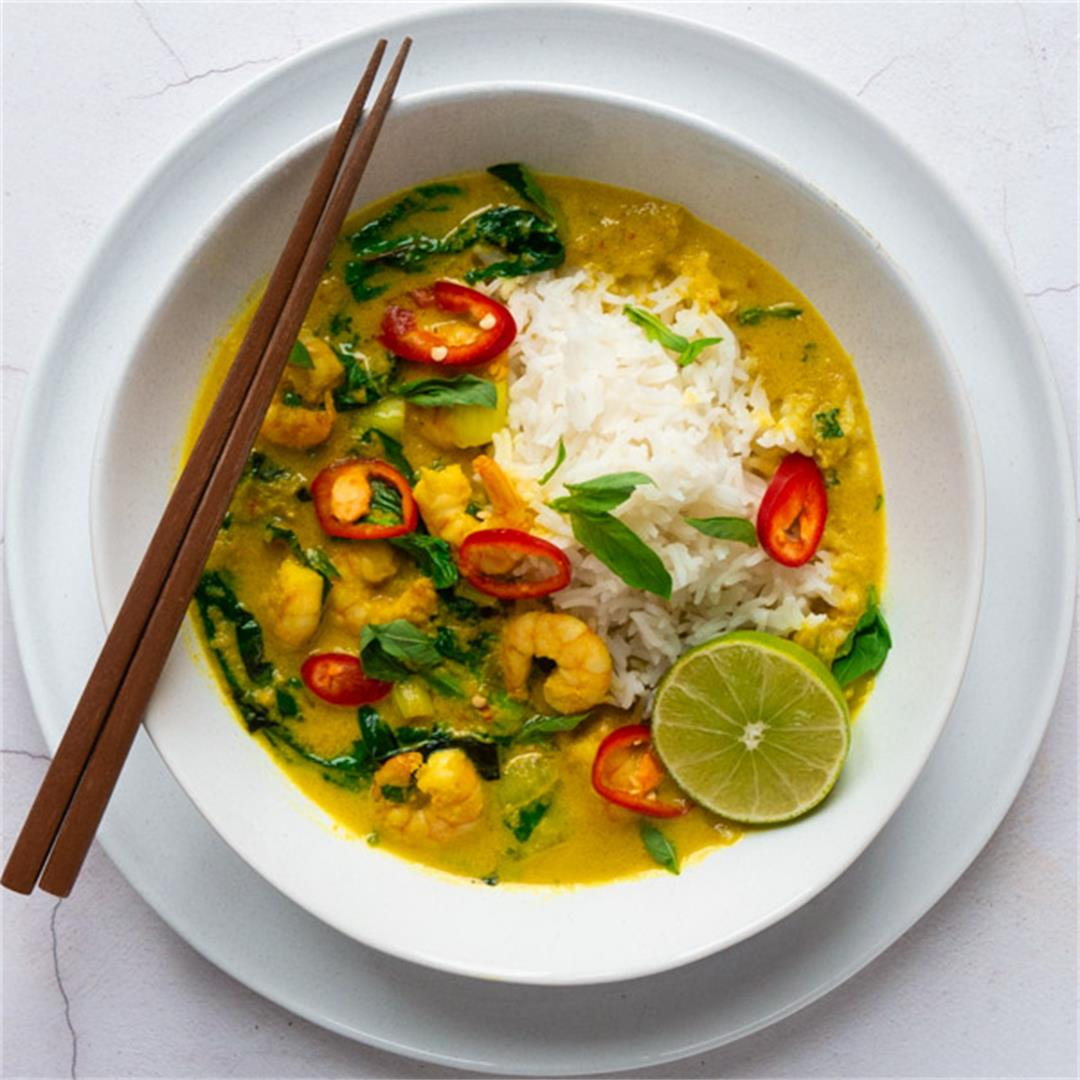 Cambodian Amok: Cambodian Prawn Curry