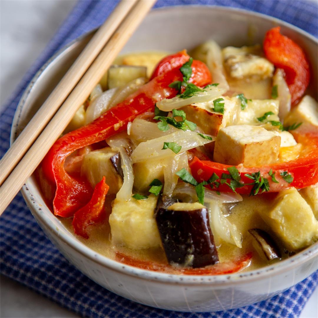 Vegan Thai Green Curry Tofu