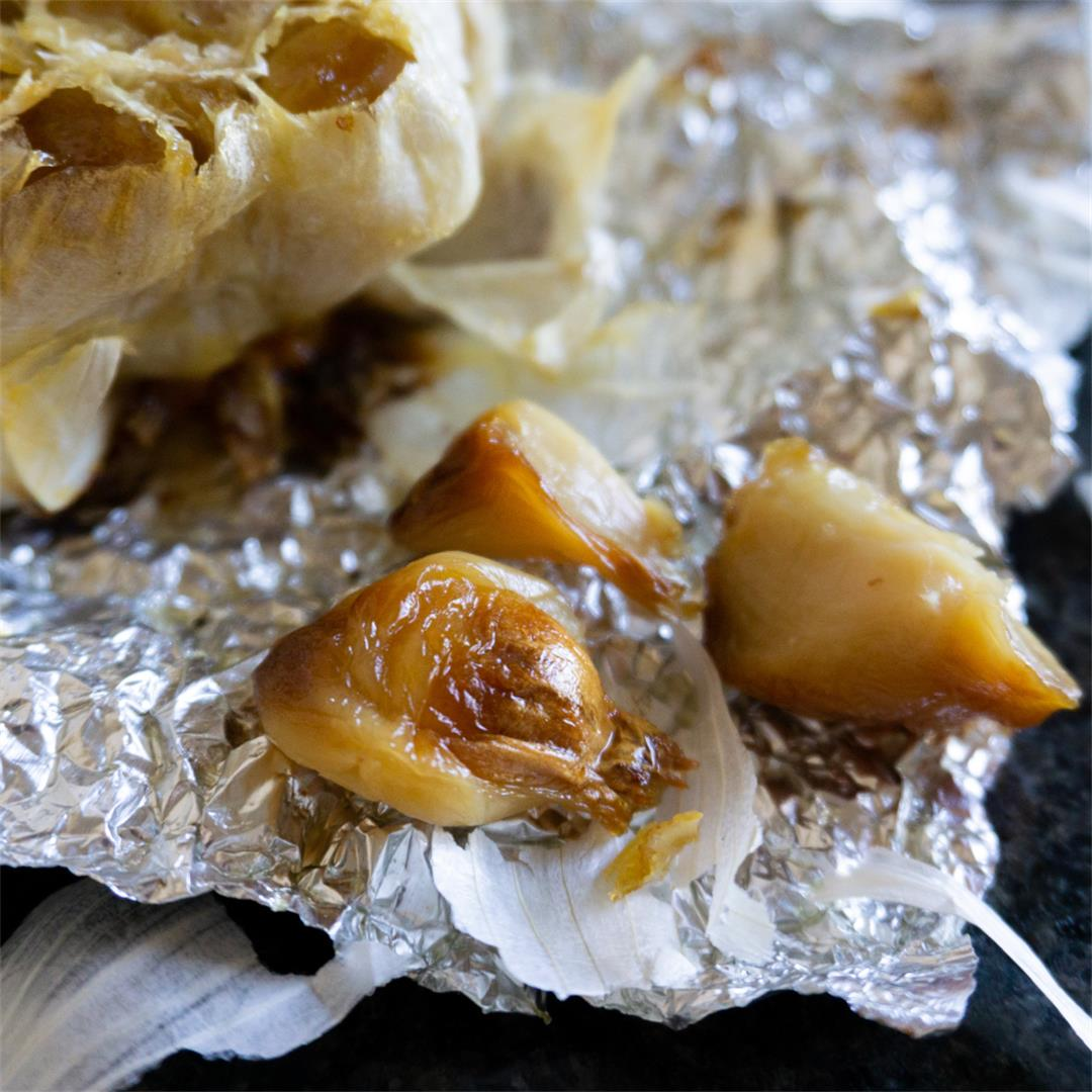 Caramelized Roasted Garlic and Storage Methods