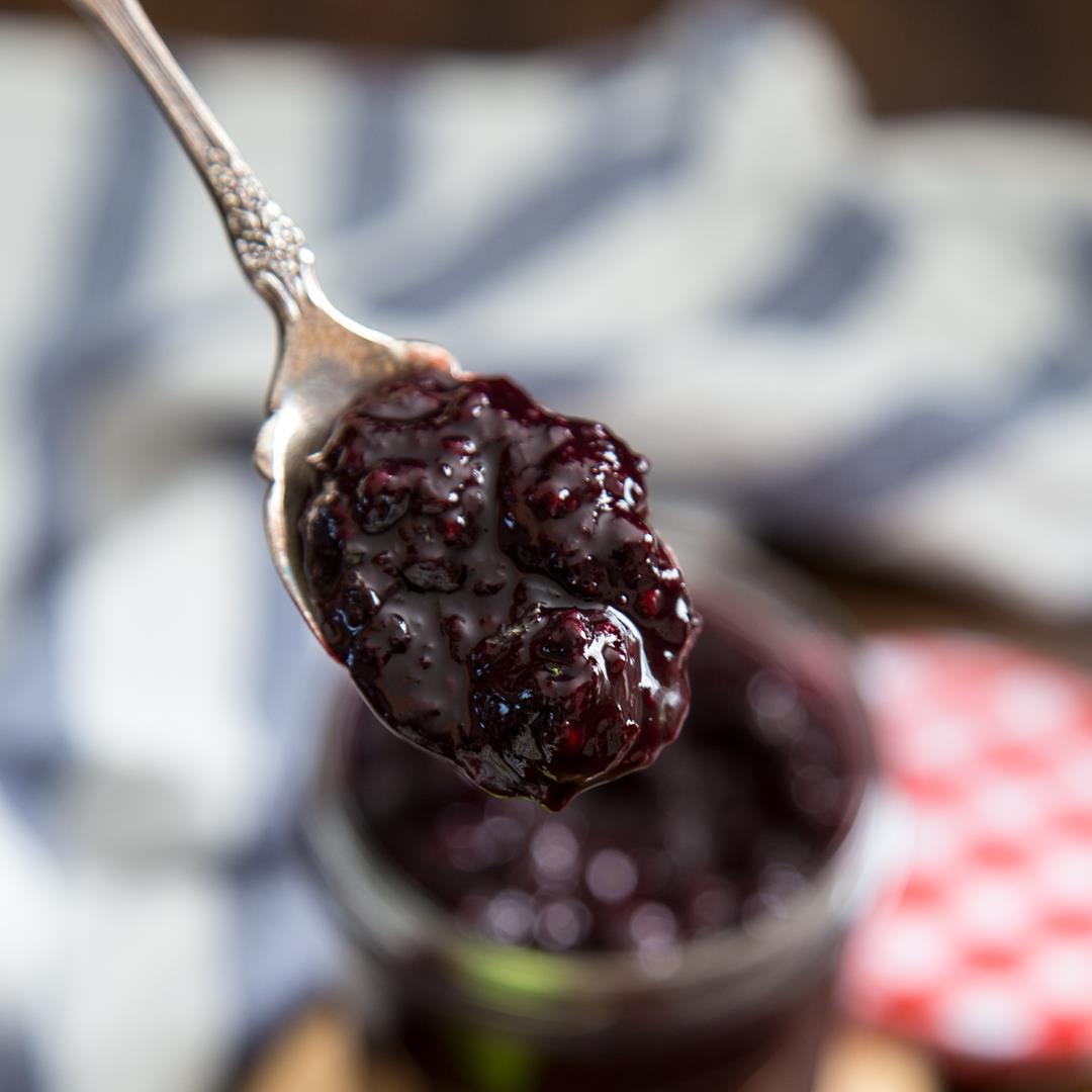 Mixed Berry Compote {using frozen berries}