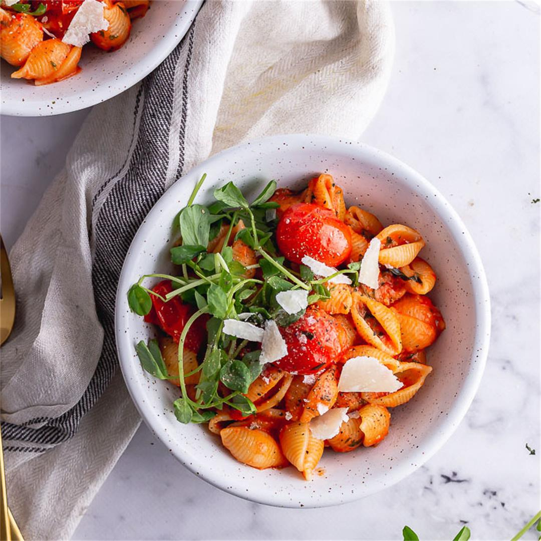 Tomato Pasta with Goat's Cheese