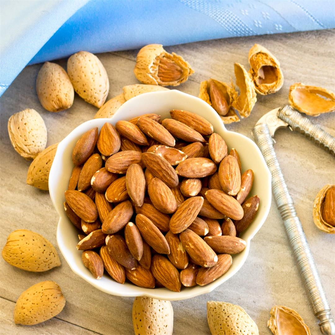 Dry roasted almonds - great for snacking, baking & making candy