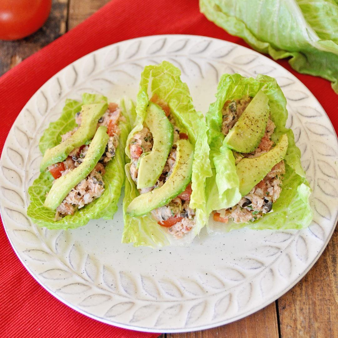 Lettuce Wraps with Spanish Tuna and Avocado