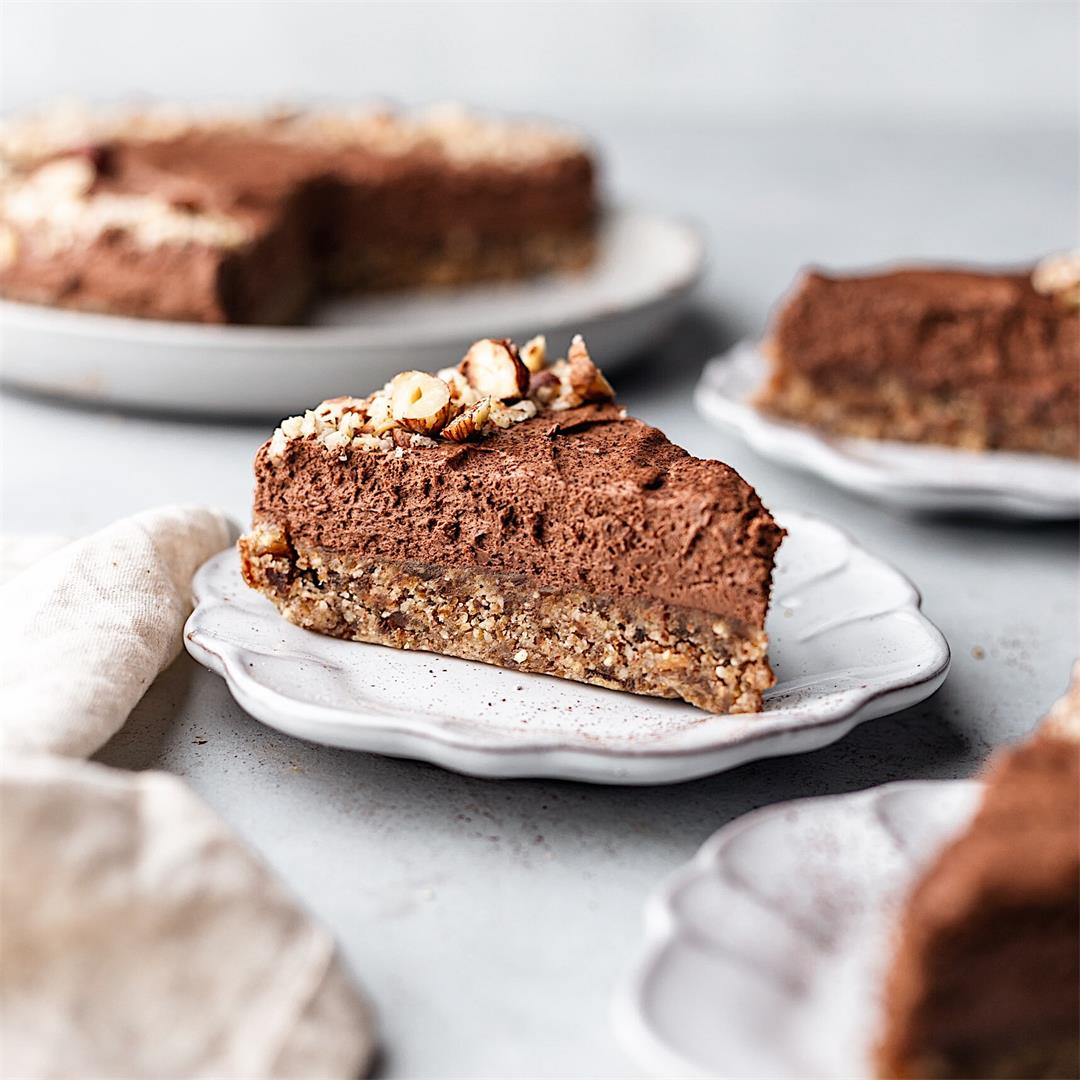 No Bake Chocolate Hazelnut Cheesecake