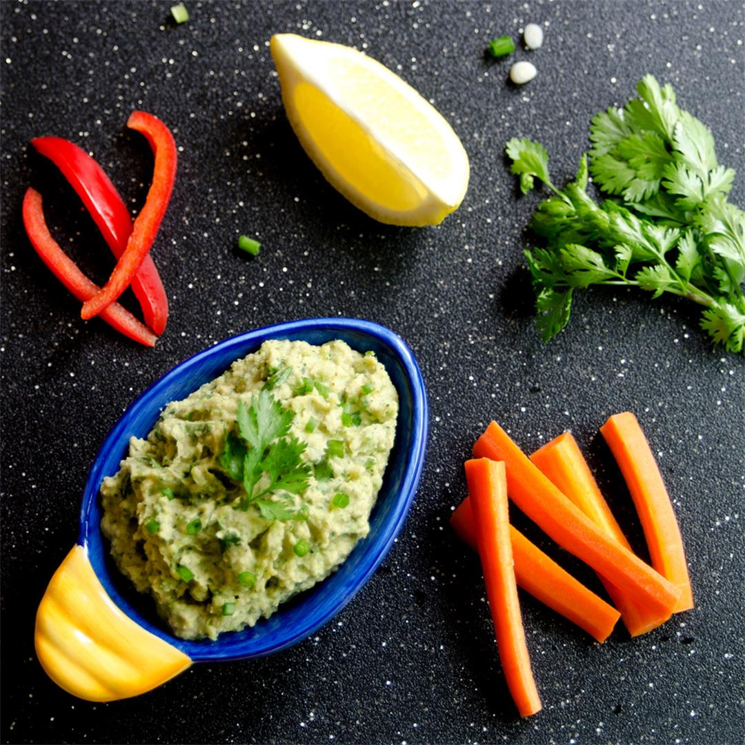 Broccoli-Avocado-Hummus Dip