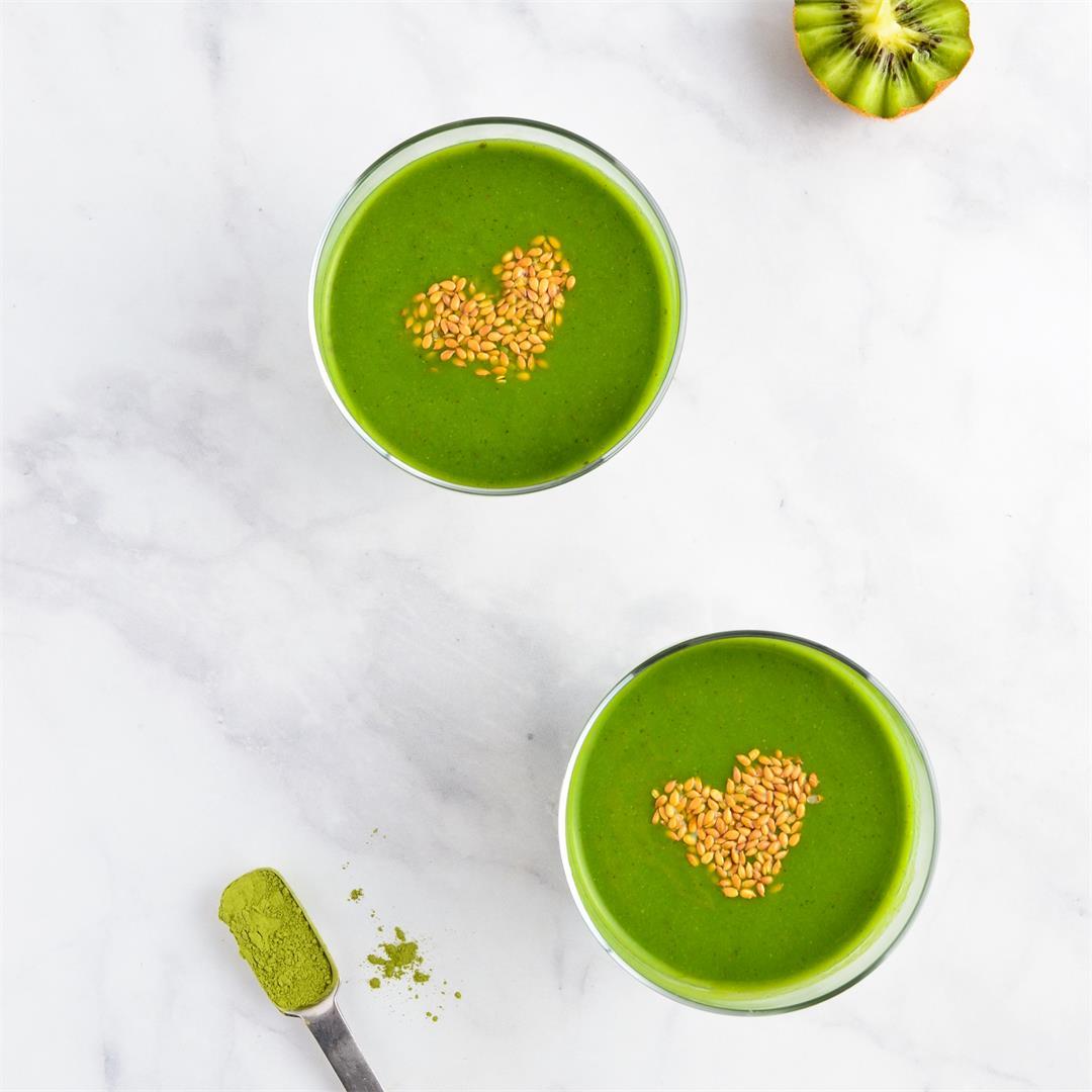 Mango Kale Kiwi Smoothie
