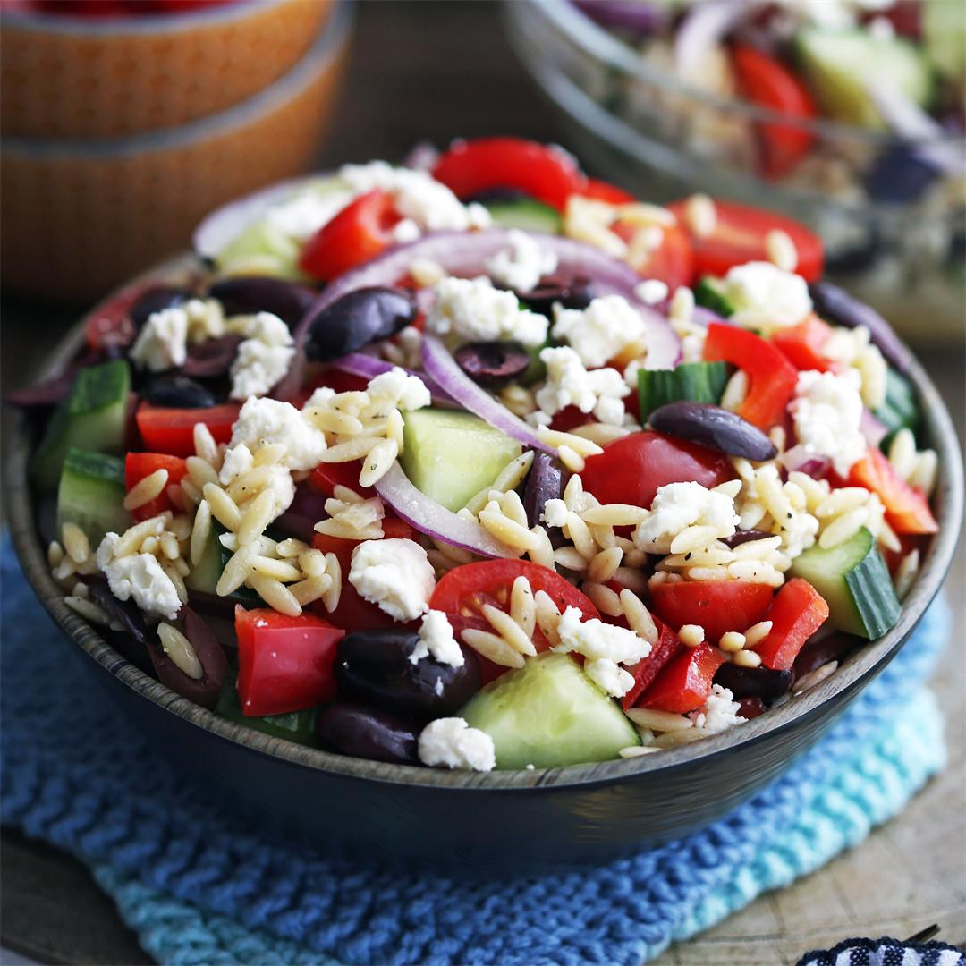 Greek Orzo Salad with Lemon Vinaigrette