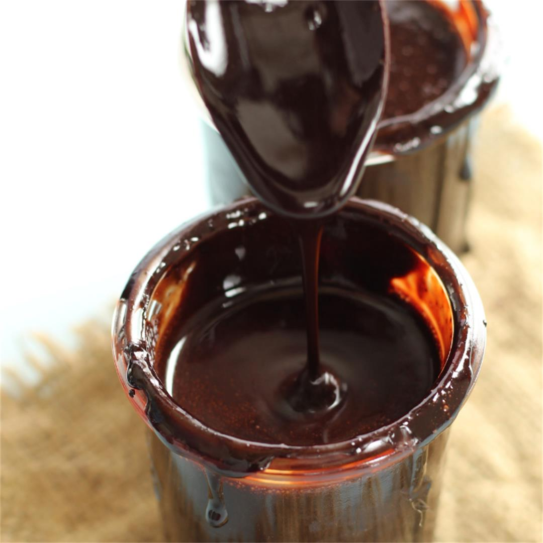 Homemade Chocolate Syrup