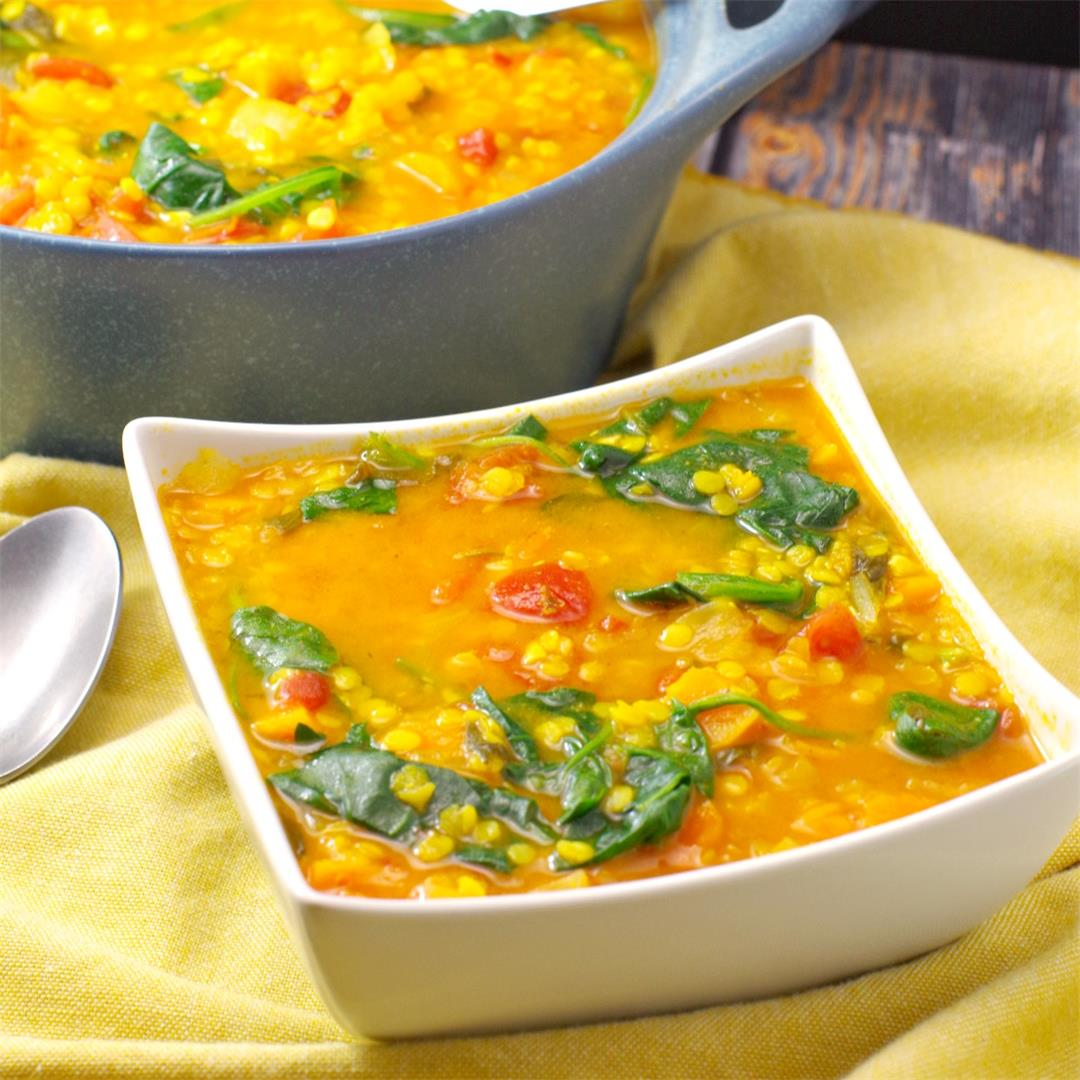Red Lentil Spinach Soup - Vegan & Weight Watchers Friendly