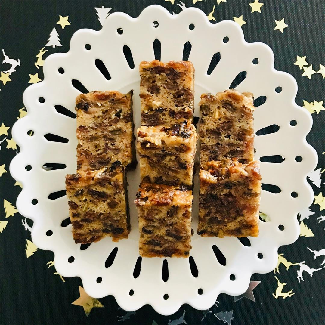 Easy Four Ingredient Fruit Cake - Vegan and Gluten Free