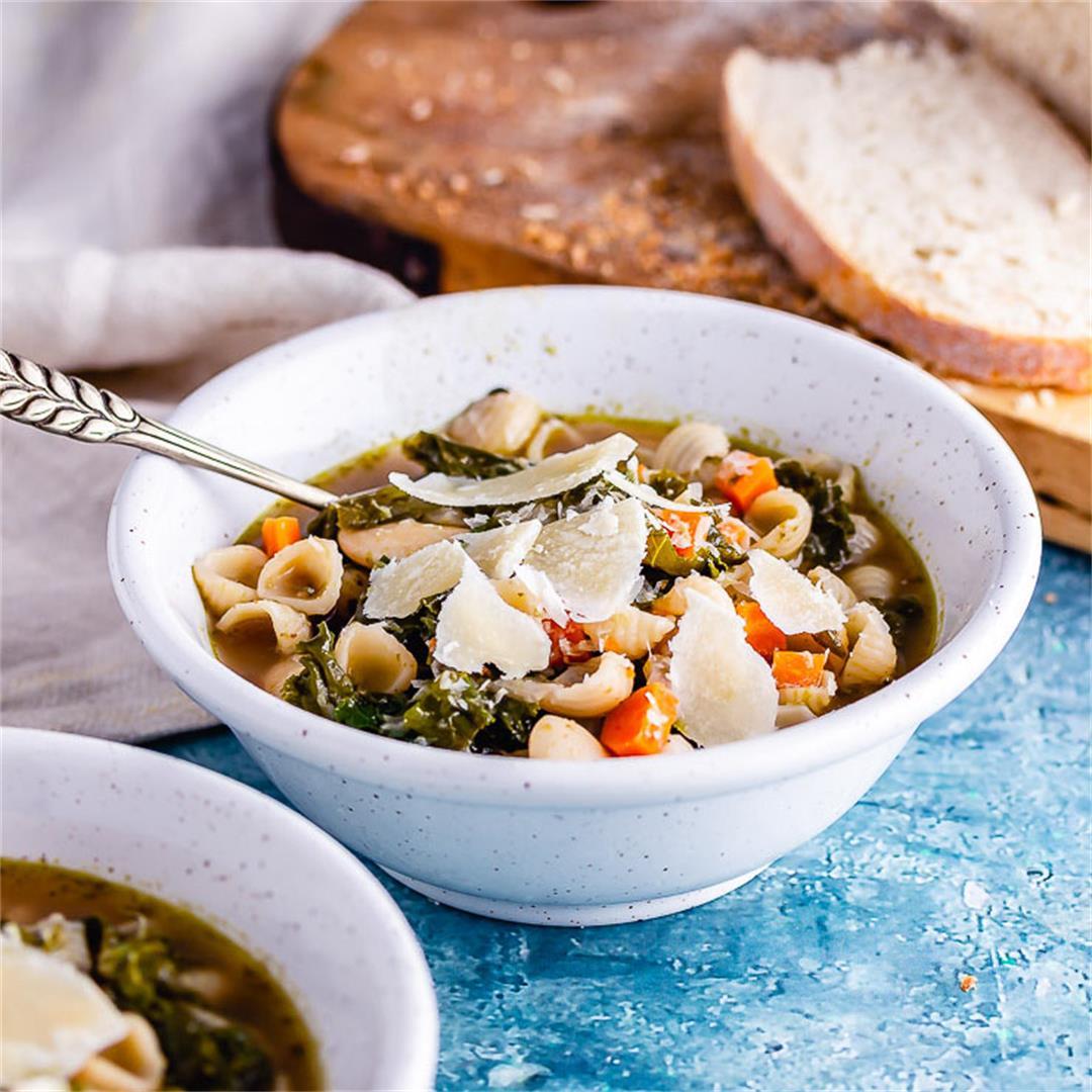 Veggie Pesto Pasta Soup with Kale