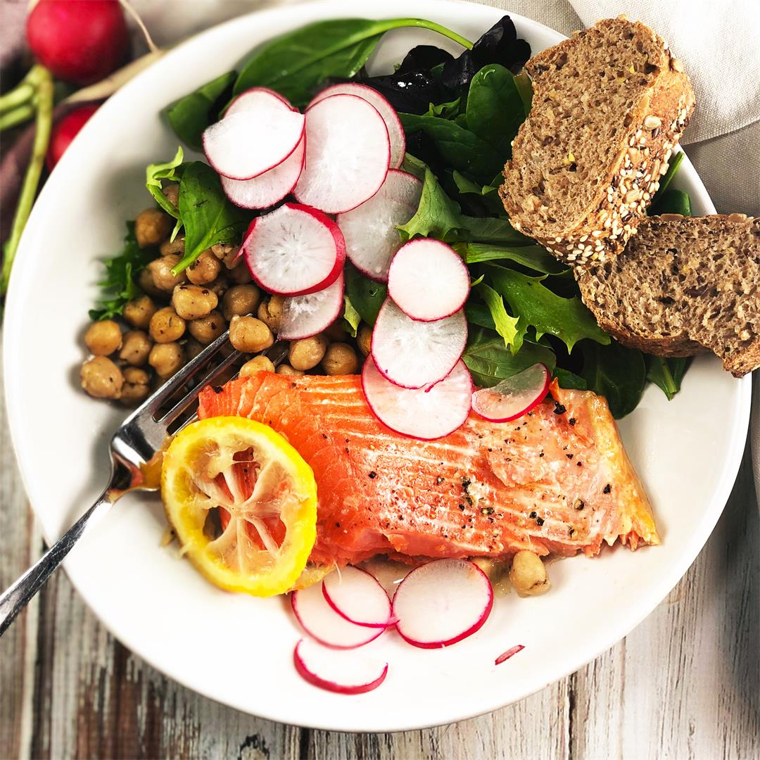 Lemony Salmon and Za'atar Spiced Chickpea Bowl