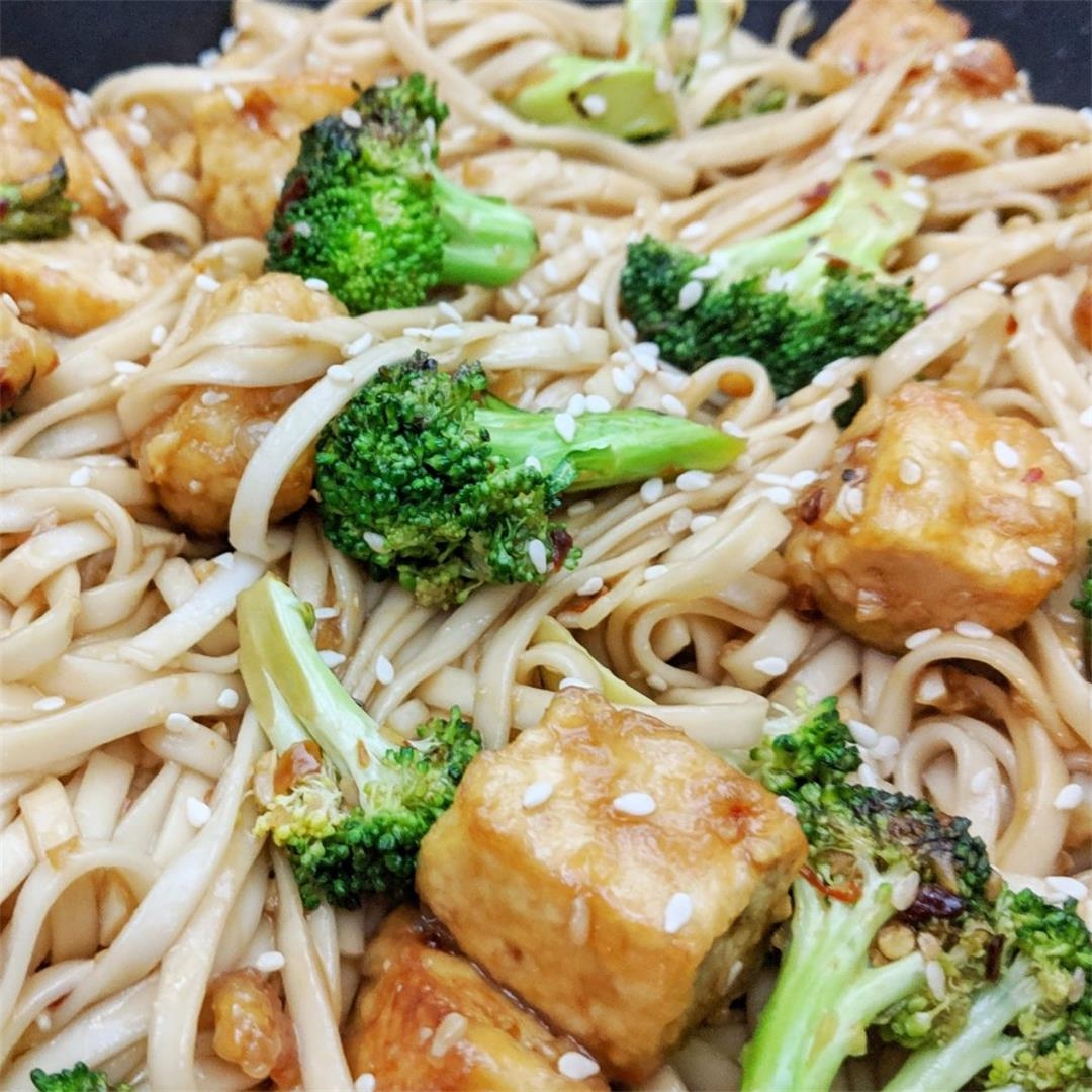 Crispy Tofu and Broccoli Noodle Bowl