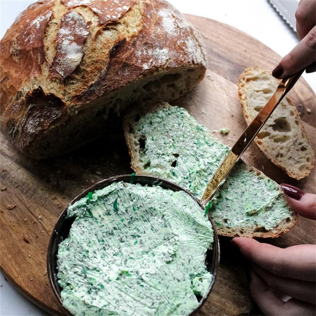 Crusty rosemary bread