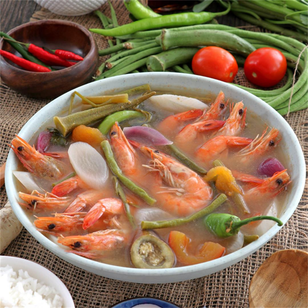Sinigang Na Hipon (Shrimp In Sour Soup)