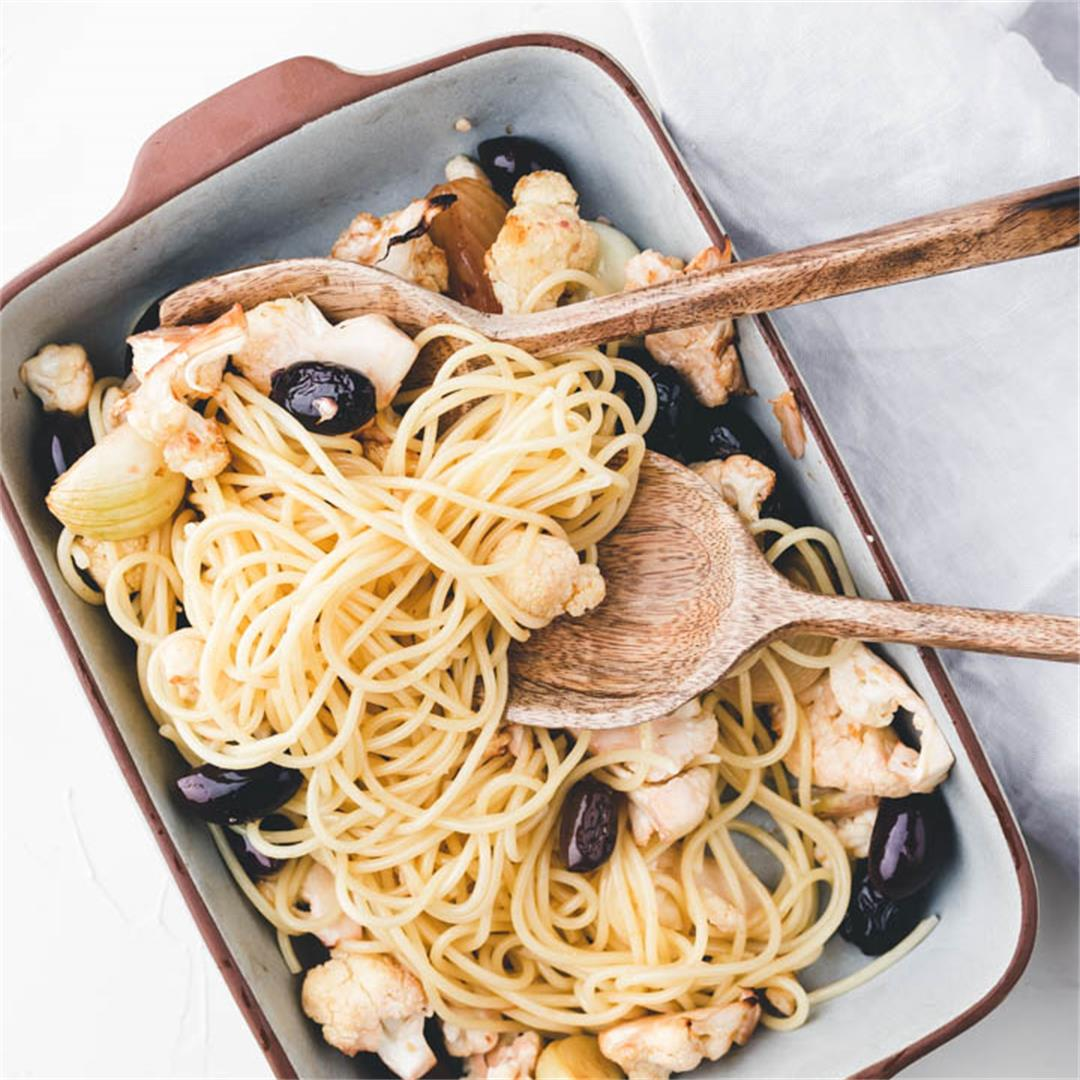 Roasted Cauliflower Pasta with Garlic and Olives