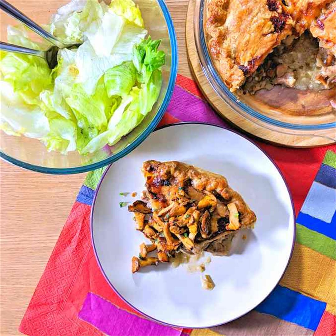 Pork and girolle pie