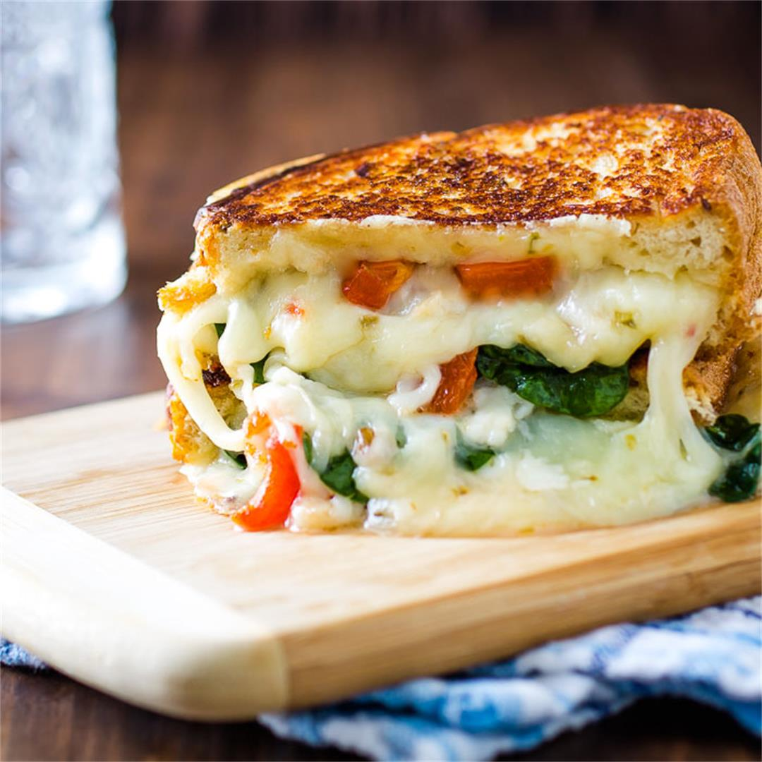 Roasted Red Pepper Oven Grilled Cheese