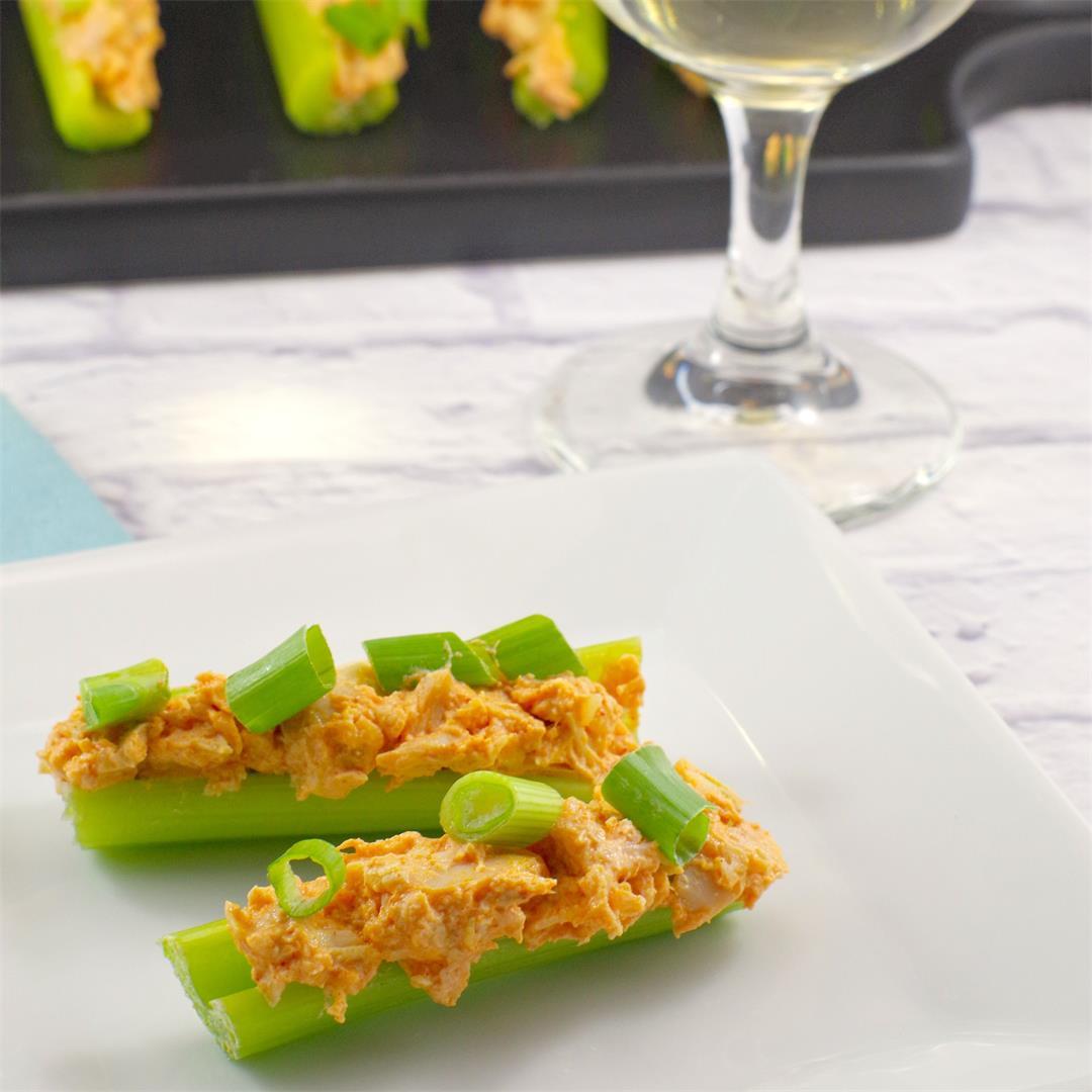 Skinny Buffalo Chicken Celery Sticks