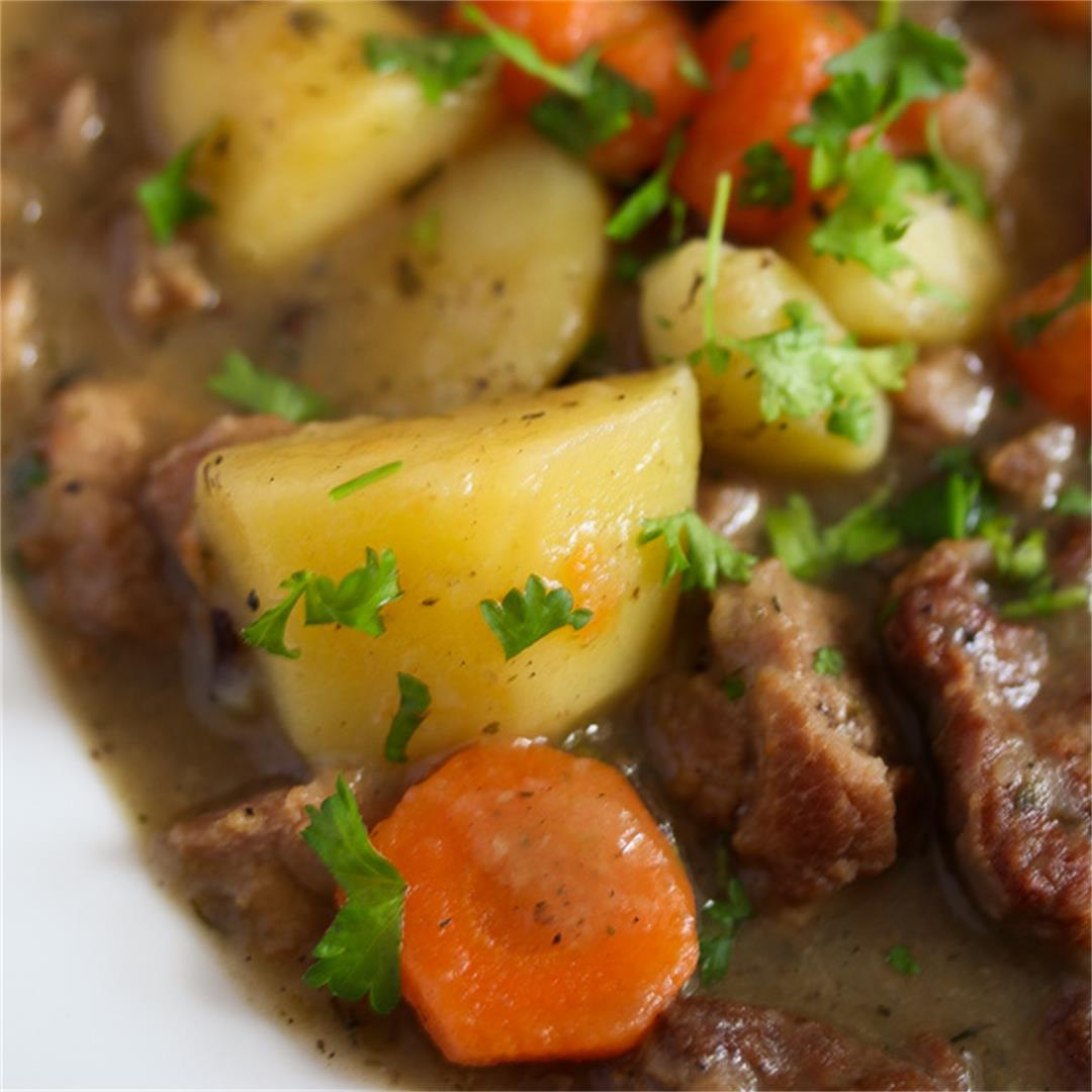 Irish Stew Recipe with Lamb and Potatoes