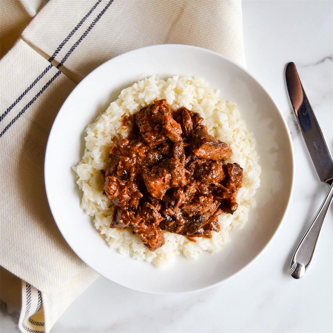 Barbecue Beef Rice Bowl:  Super easy, tender, and full flavored