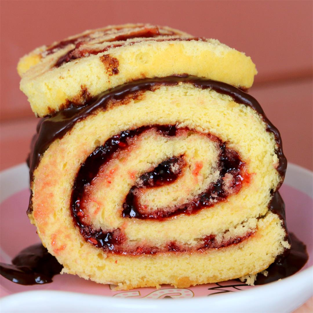 Raspberry Roll Cake – Winter Joy