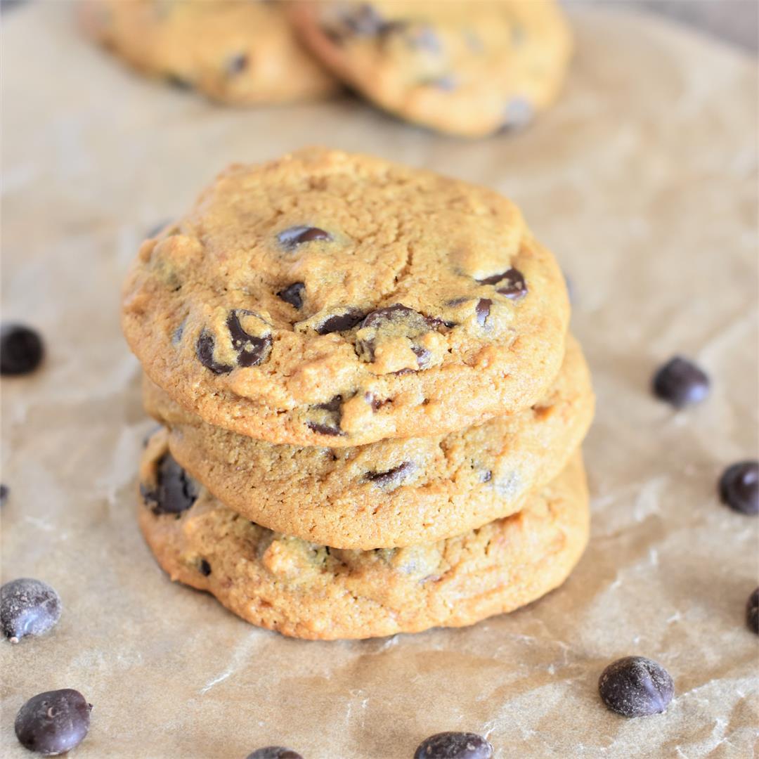 Vegan Chickpea Flour Chocolate Chip Cookies [GF]