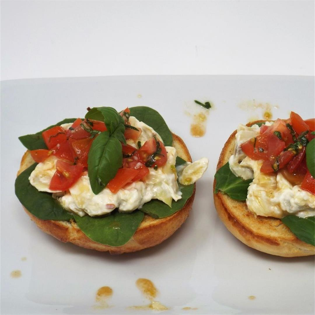 Bruschetta Bagels with Artichoke Cream Cheese