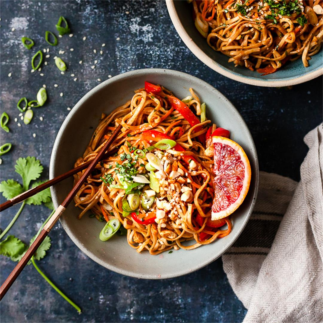 Easiest Spicy Thai Peanut Noodles