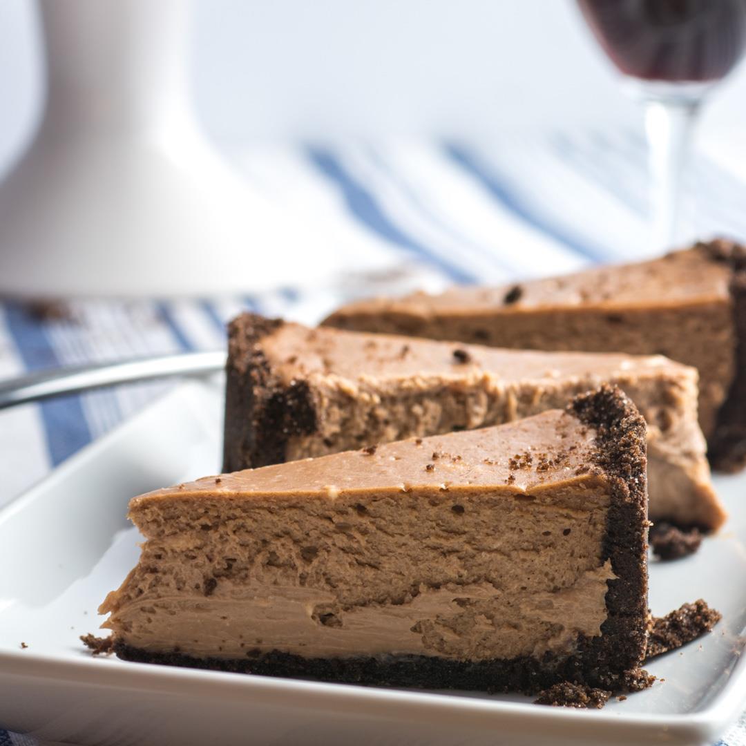 The Ultimate Creamy Nutella Cheesecake