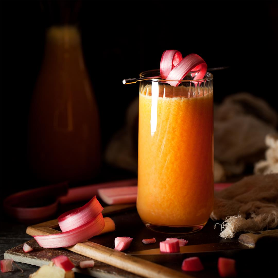 Rhubarb Juice with Ginger, Orange & Apple