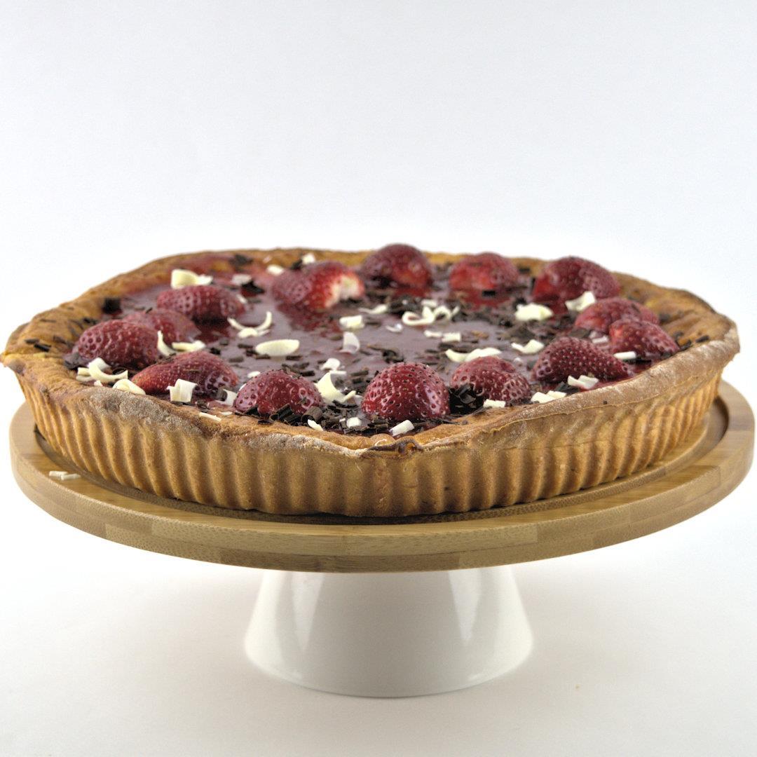 Vanilla Rice Pie with Strawberries
