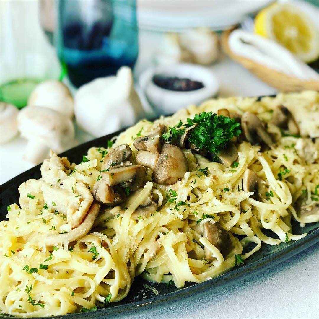 Chicken and Mushroom Alfredo Pasta