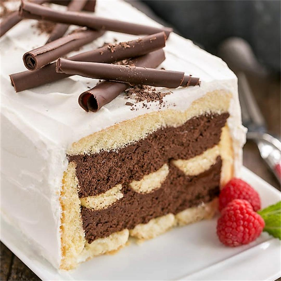 No-Bake Chocolate Mousse Cake with Ladyfingers
