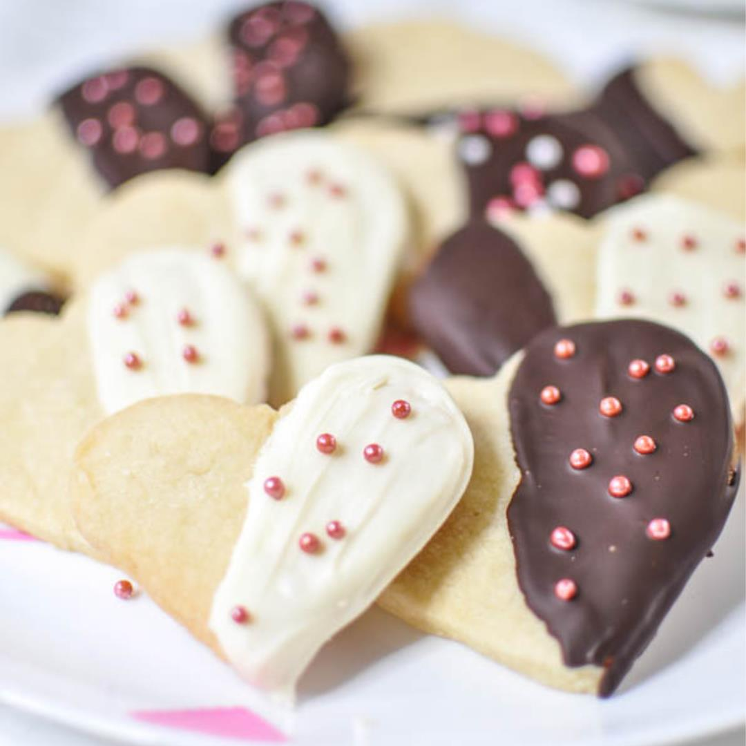 Easy Heart Shrotbread Cookie
