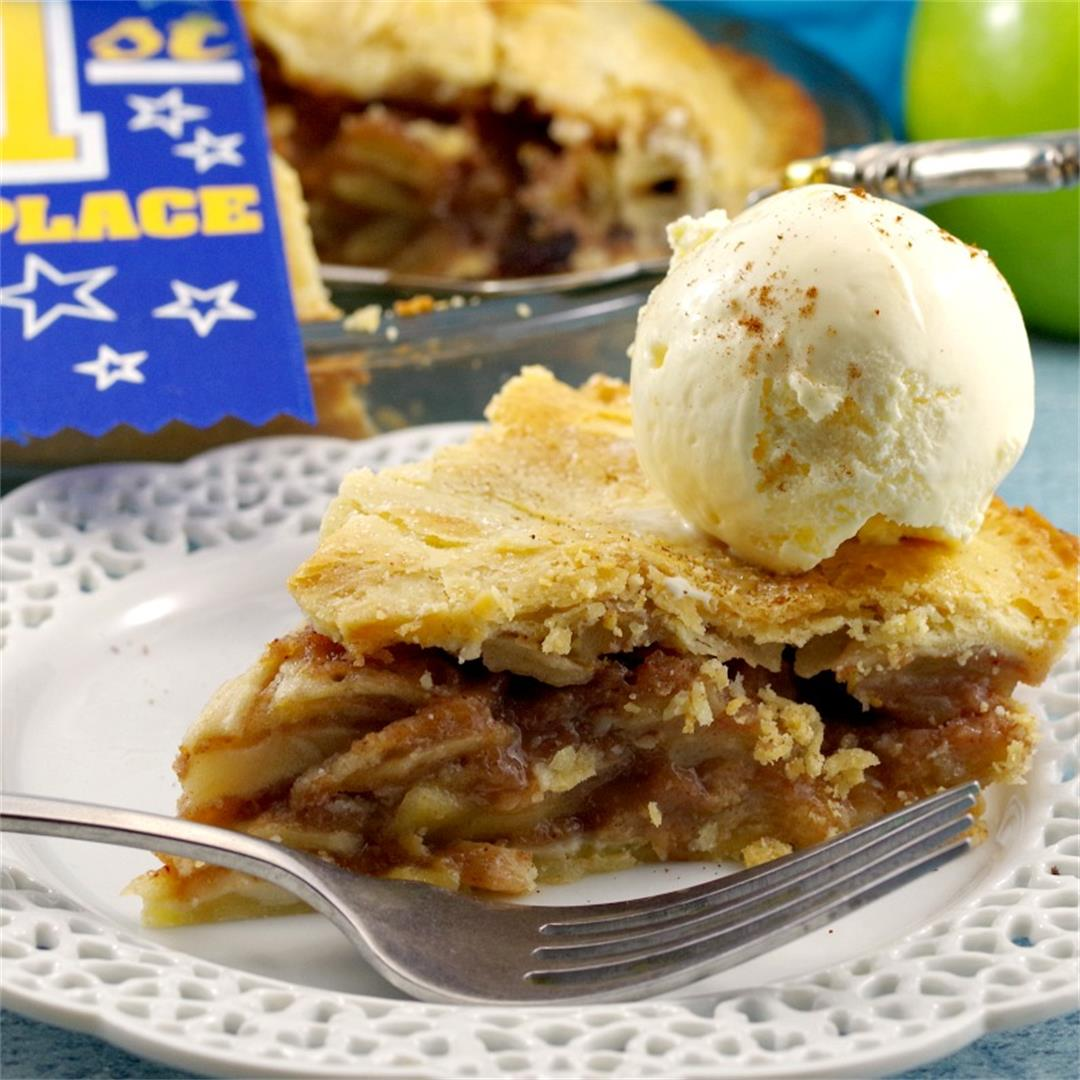 Award-Winning Deluxe Apple Pie