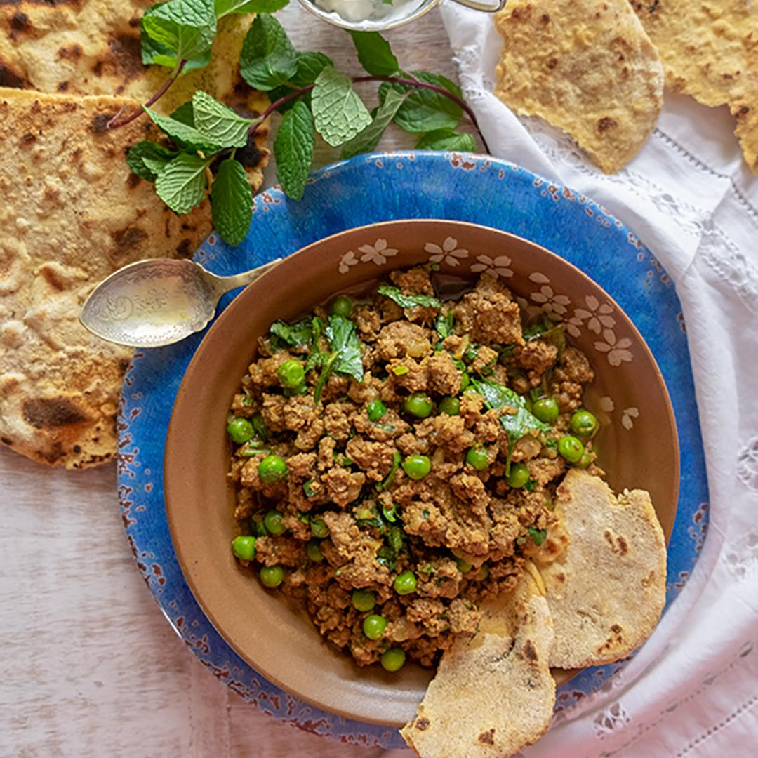 Lamb Keema Curry With Gluten-Free Chapati {Low-Carb, Grain-Free