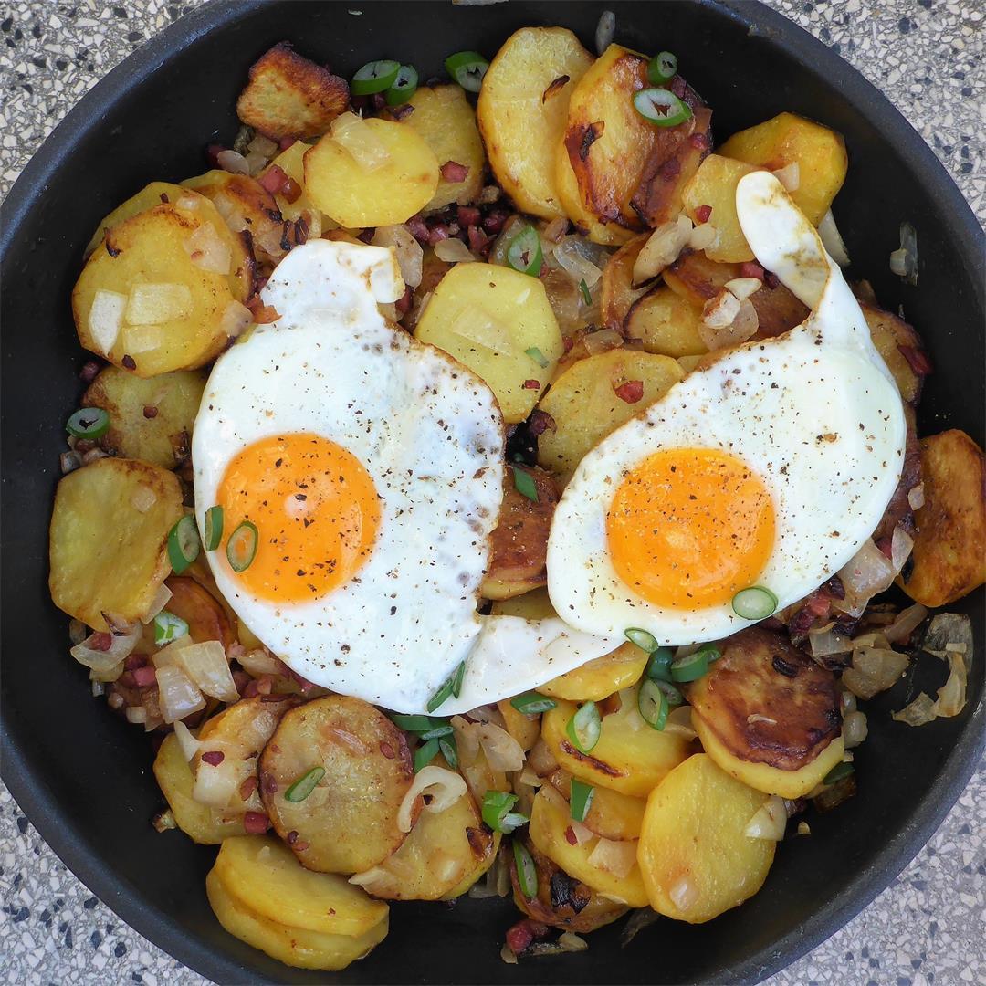 German - style fried potatoes (Bratkartoffeln) from scratch