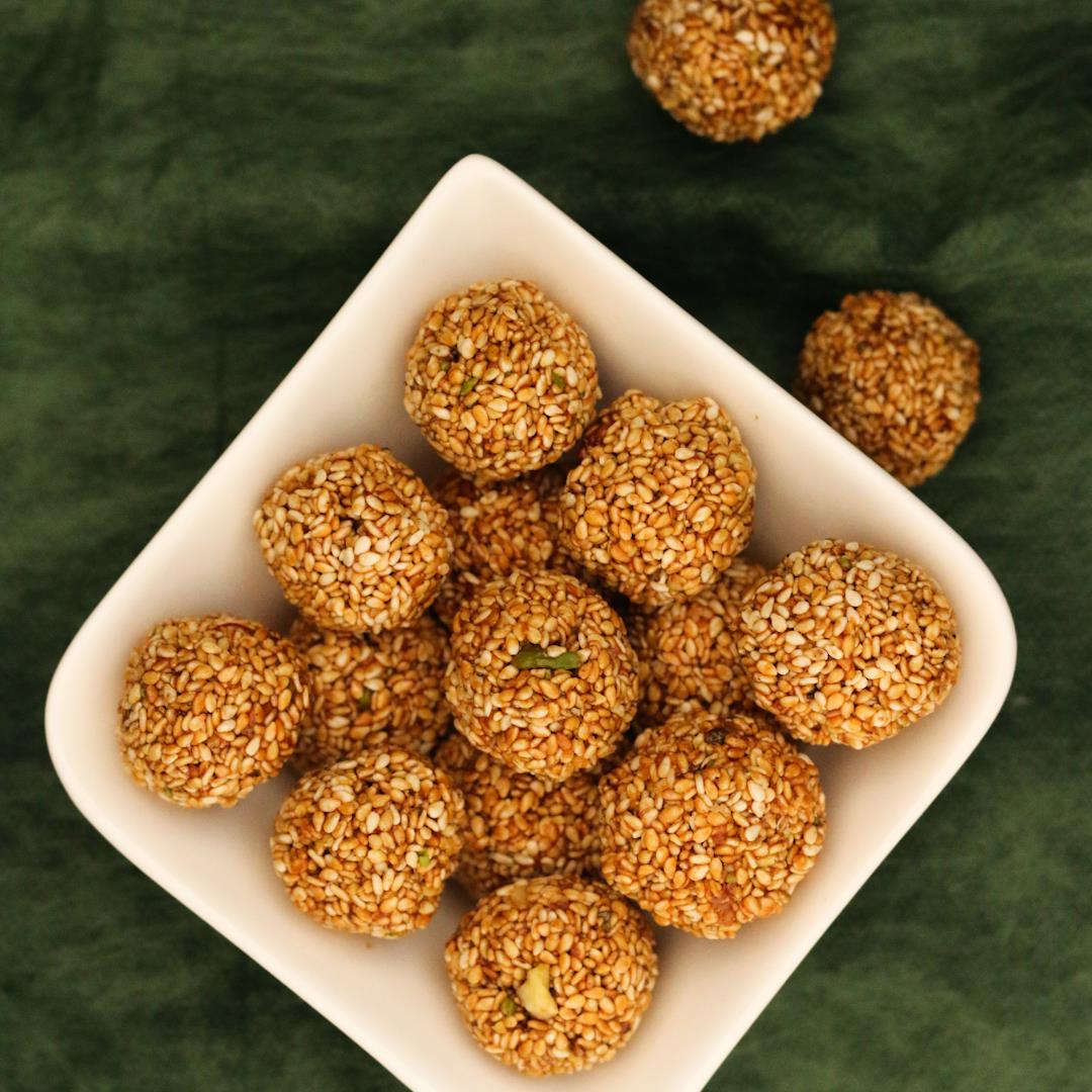 Til Gud Laddu (Indian sesame sweet)