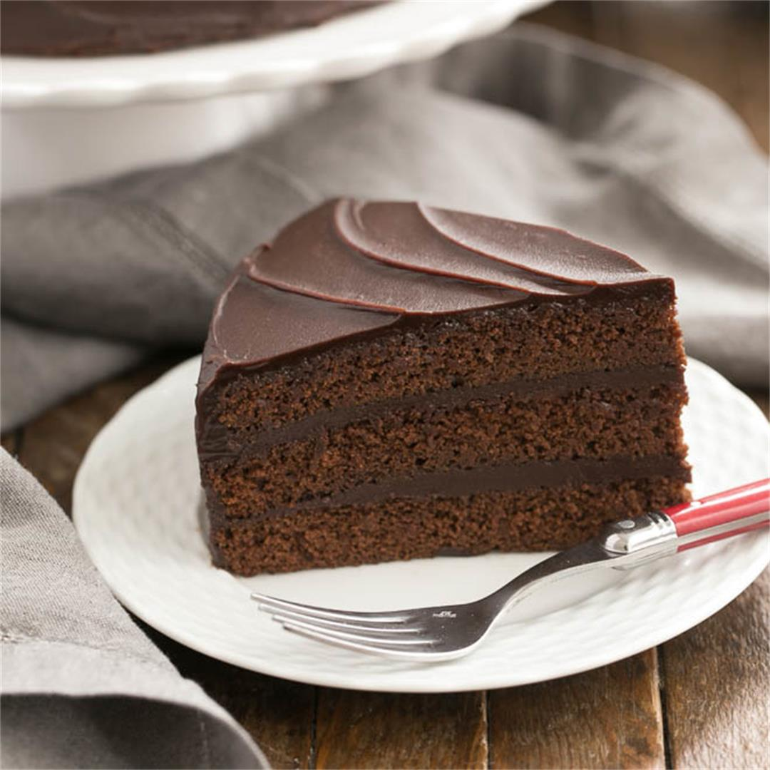 Triple Layer Cocoa Cake with Chocolate Ganache Frosting
