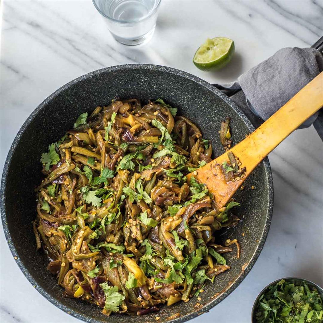 Stir-fried Okra and onions